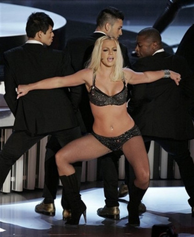 size does britney spears wear